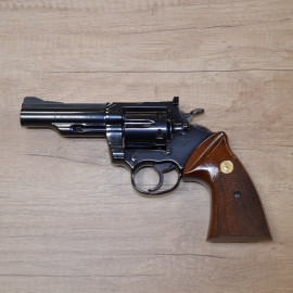 Revolver COLT TROOPER MK3...