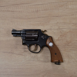 Revolver Taurus Standard -...