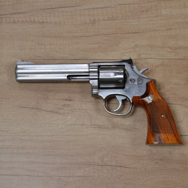 Revolver Smith & Wesson 686...