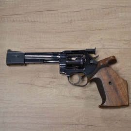 Revolver MANURHIN MR 88...