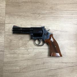 Revolver Smith & Wesson 586...