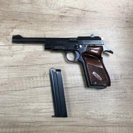 Pistolet Unique D6- 22LR