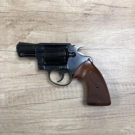 Revolver Colt Detective...